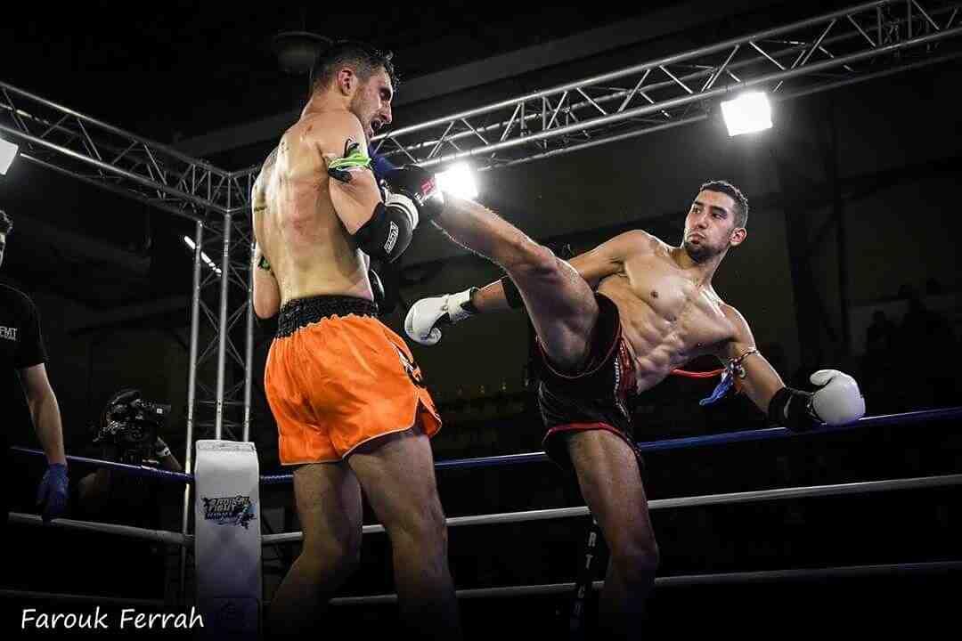 Quel est le but de la boxe française?
